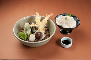 Tempura Bukkake Soba and Yuba Sashimi Set 1,600 yen